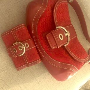 Red purse matching wallet